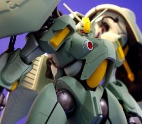 機動戦士ガンダム ASSAULT KINGDOM クィン・マンサの彩色試作写真1