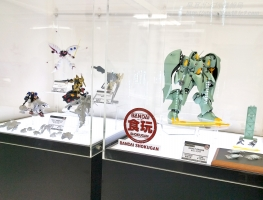 機動戦士ガンダム ASSAULT KINGDOM クィン・マンサの展示写真