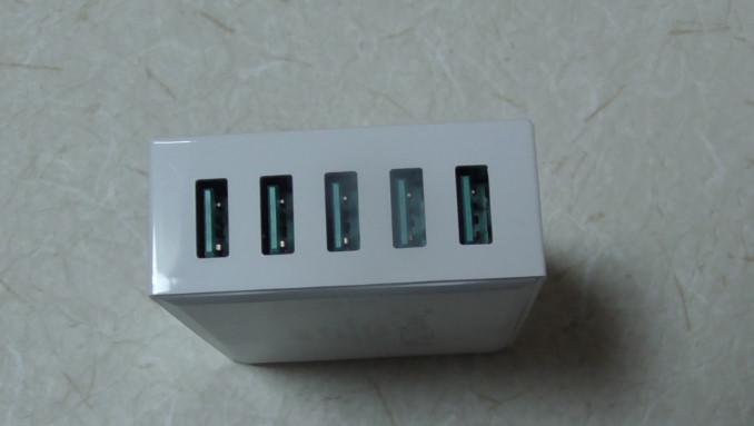 AukeyのマイクロUSBケーブルと5ポート内蔵充電器のレビュー4 14-50-34-770