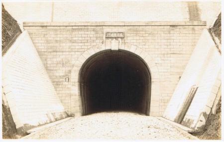 高須隧道01