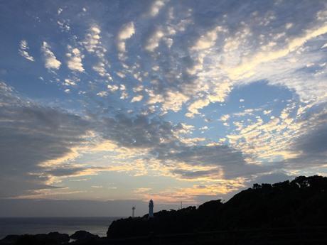 潮岬の夕やけ