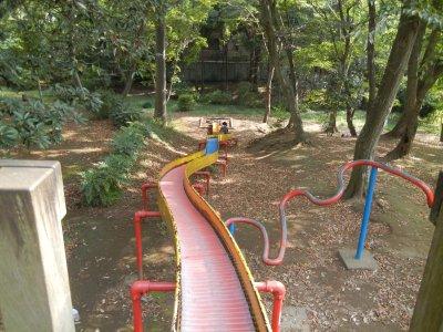 上山公園・滑り台
