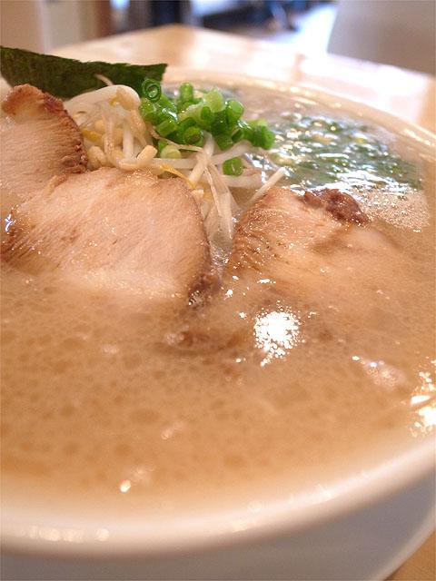 150904麺食堂Tara-こってりらぁめん・スープ