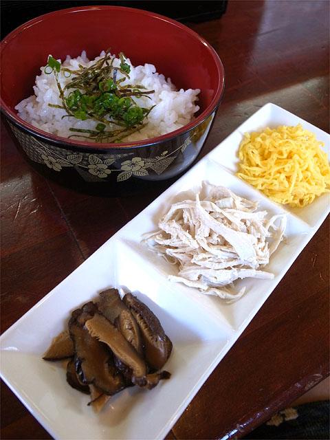 150907魚介系ラーメン 一軒目-鶏飯セット
