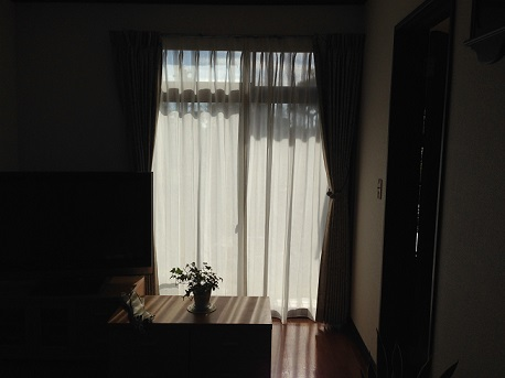 S邸リビング掃き出し窓から