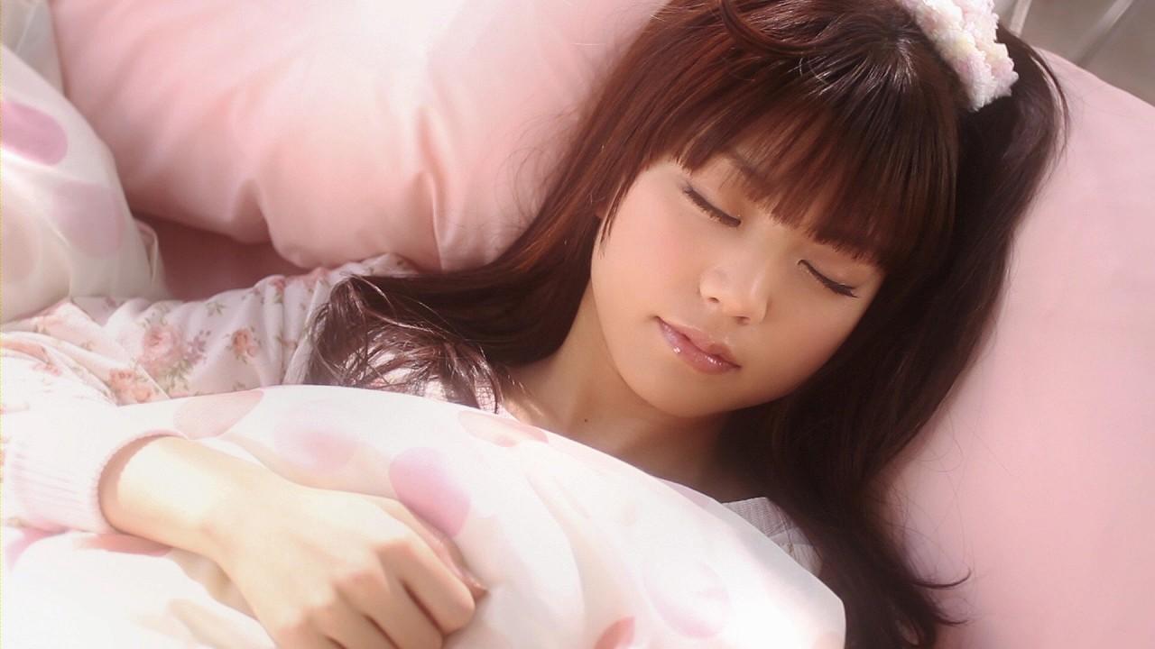 竹達彩奈の寝顔