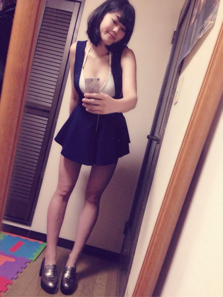 稲村亜美の自撮り画像