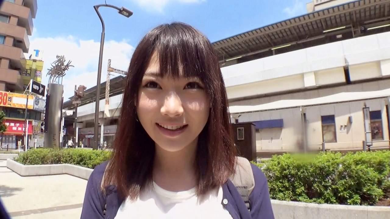 清楚系巨乳AV女優・星野ひびきのおっぱい