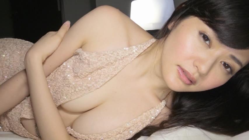 山口愛実のDVD『僕の妄想』キャプチャ画像、下着姿