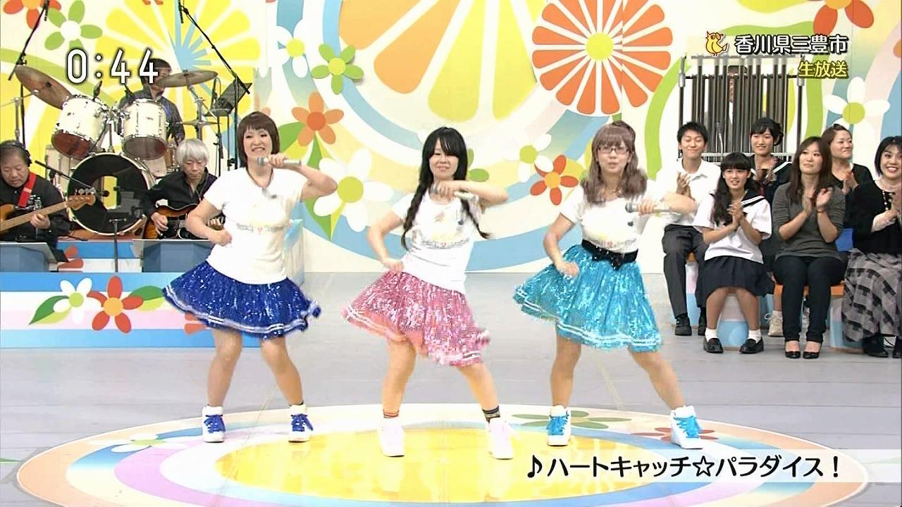 NHK「のど自慢」で出場した女の子のパンツ丸見えパンチラ