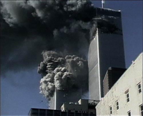 燃えるツインタワー