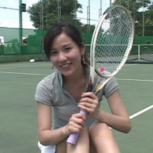 黒木奈々 テニス