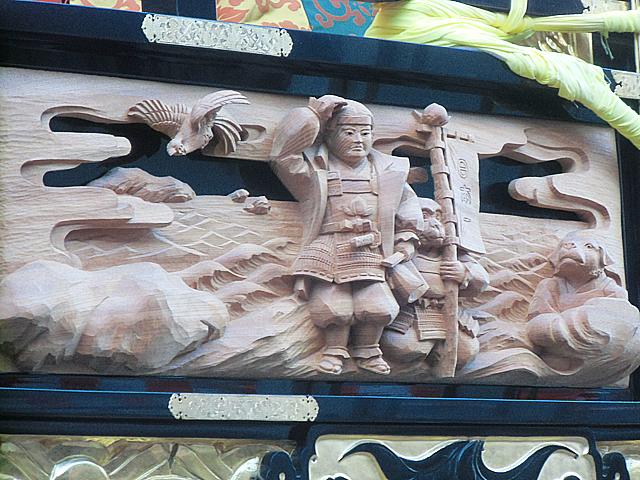 昔話の木彫