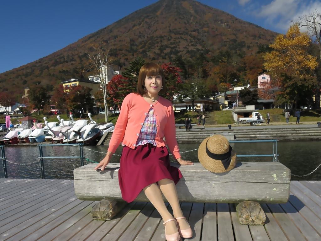 中禅寺湖オレンジカーデF(3)