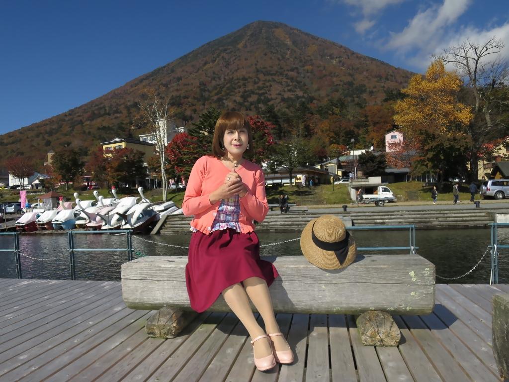 中禅寺湖オレンジカーデF(4)