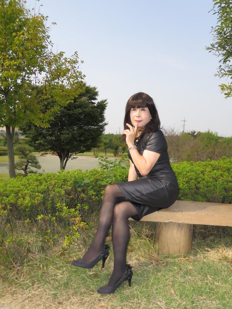 黒タイトワンピB(4)