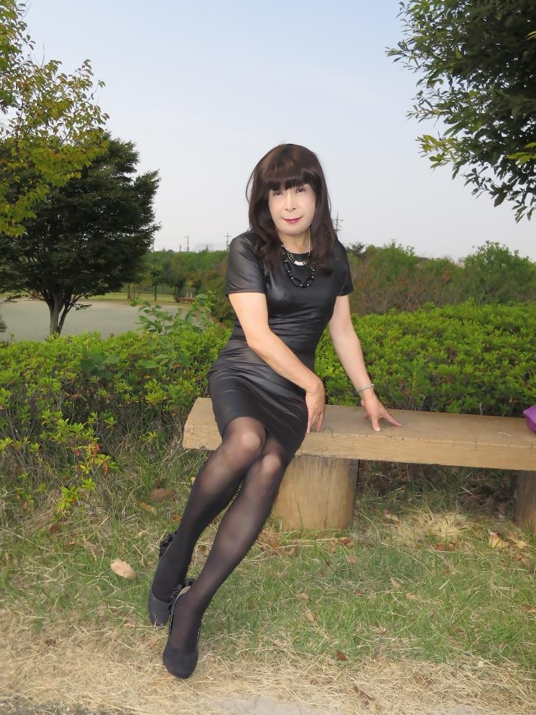 黒タイトワンピB(7)