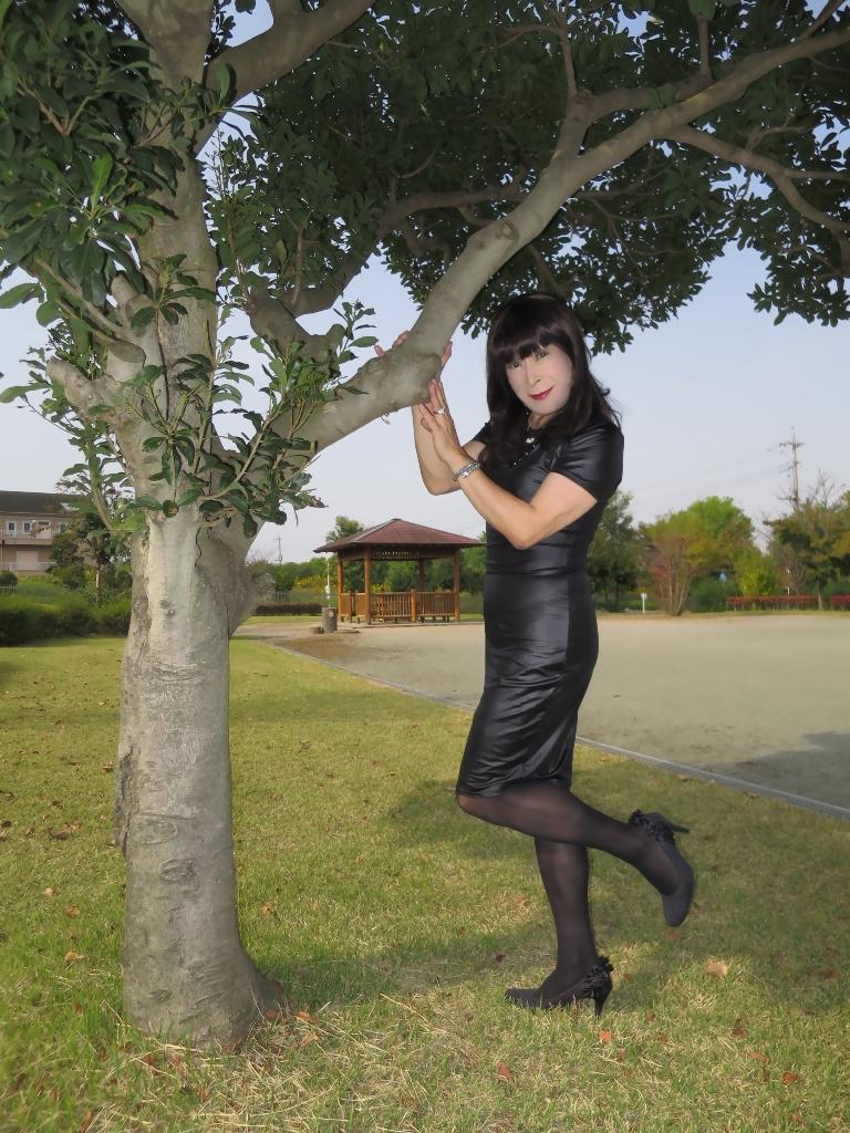 黒タイトワンピC(6)
