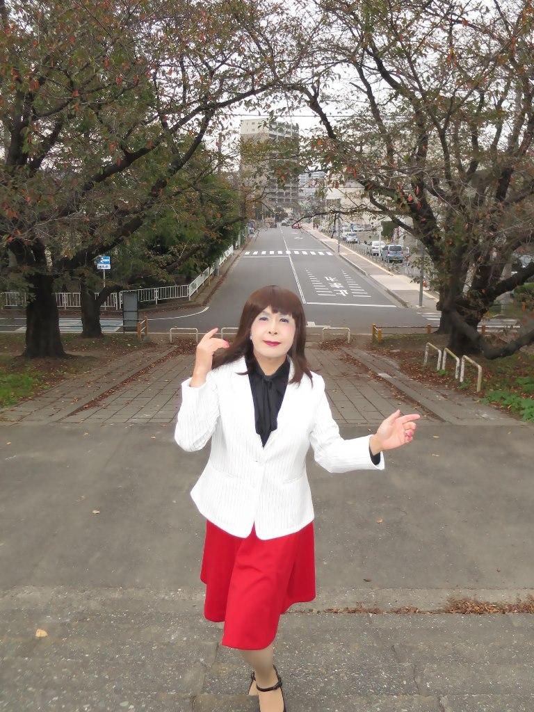 白縞ジャケット赤スカートA(2)