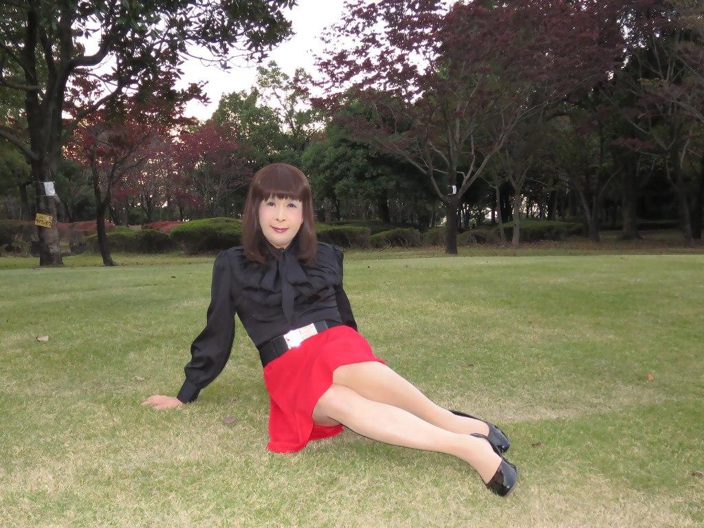 赤スカート黒ブラウスC(8)