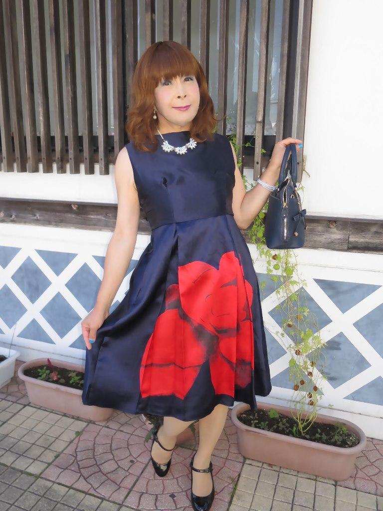 紺ワンピA(1)