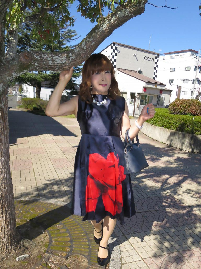 紺ワンピA(3)