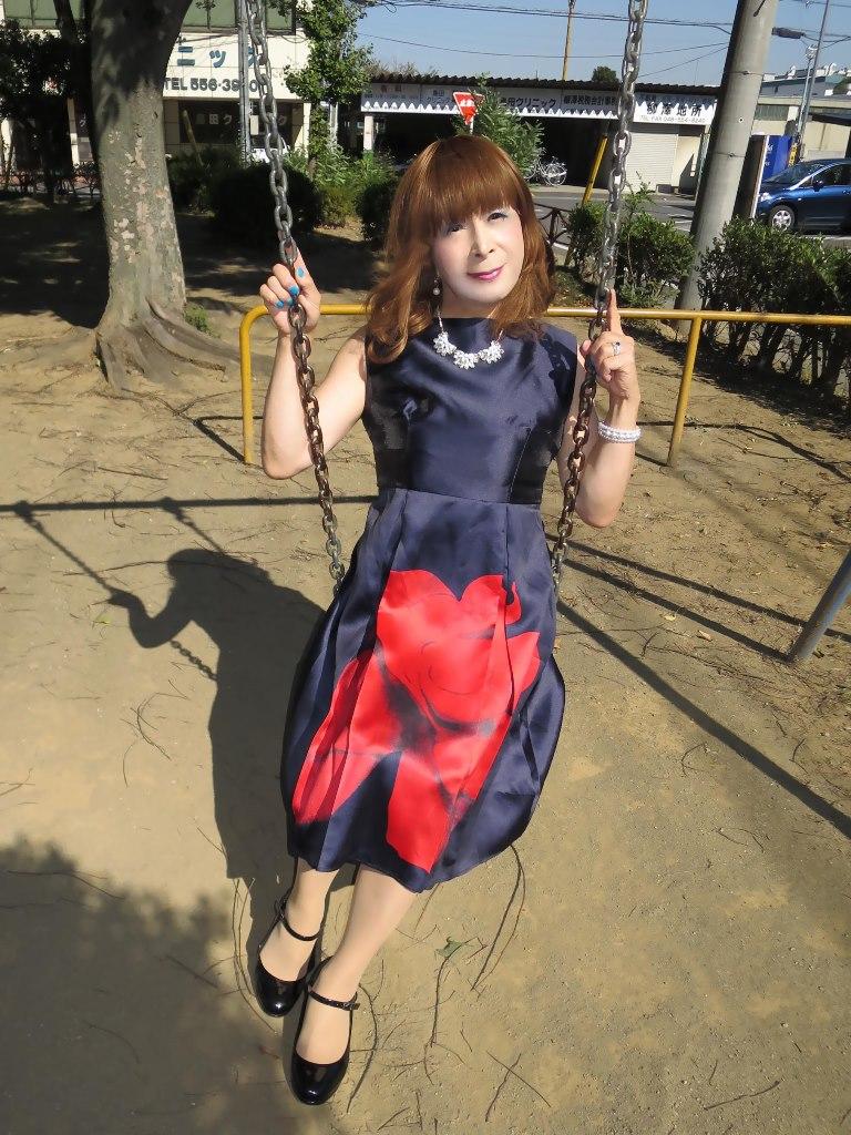 紺ワンピA(4)