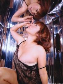 isoyama_sayaka_g115.jpg