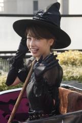 加藤綾子ハロウィンパレード画像2