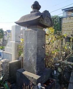 田沼家の女性の墓