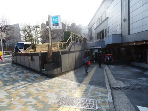 四ツ谷駅入口