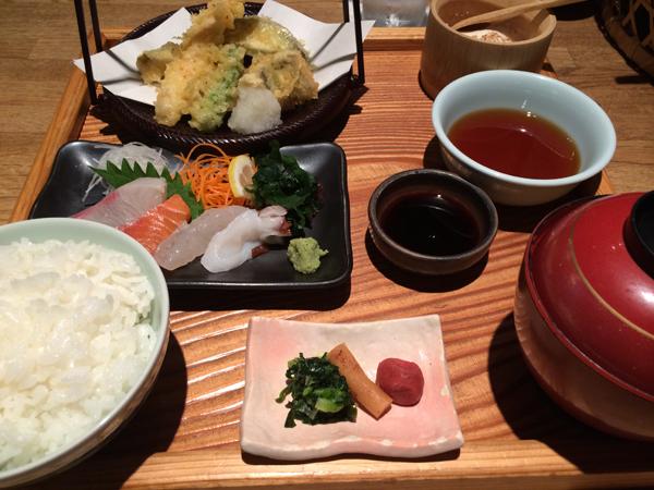 博多いねや-刺身天ぷら定食1