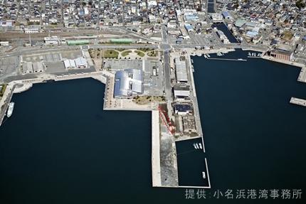被災した小名浜港