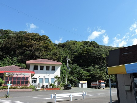 岩出山砦跡を望む(南から)