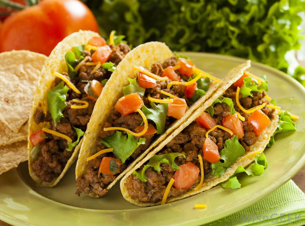 02_tacos-on-a-white-plate.jpg