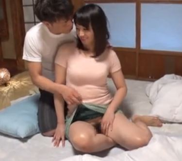 【ノーパン】五十路の夫婦、安野由美出演の動画。熟年夫婦の性交!ノーパンで主人を誘う五十路の熟女!安野由美-安野由美