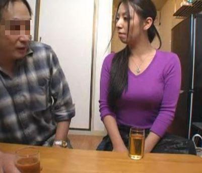 巨乳の人妻家政婦さんが性欲してくれる夢のサービスが登場!村上涼子