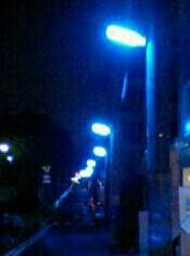 青色の街路灯
