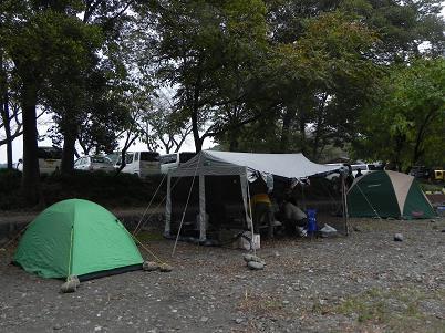 巾着田でのキャンプ準備