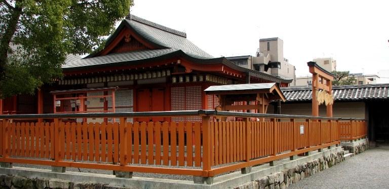 東寺・鎮守八幡宮