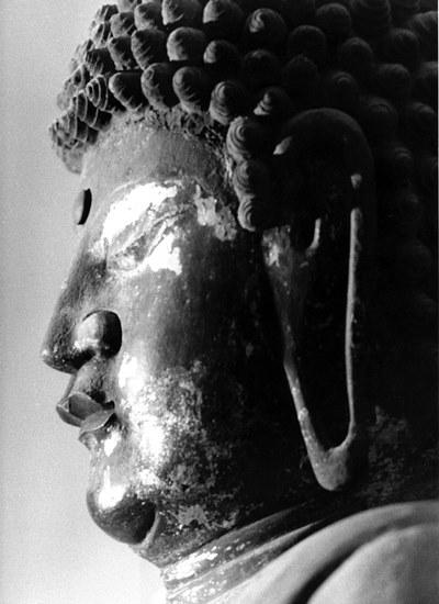 昭和46年探訪時に撮影した黒石寺薬師像の写真
