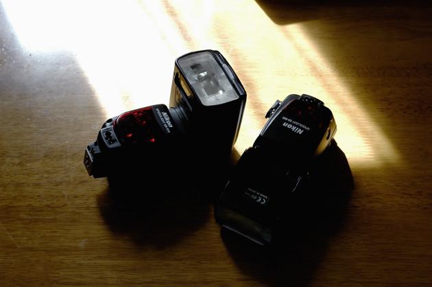 Nikon D100 35mm f/2D Nikon SB910とSB800