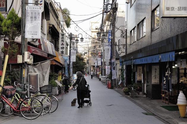 東京とは思えない商店街