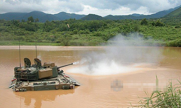 撃いた戦車