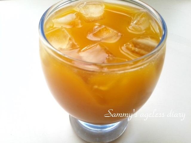 黄酸汁サジージュース コップ入り