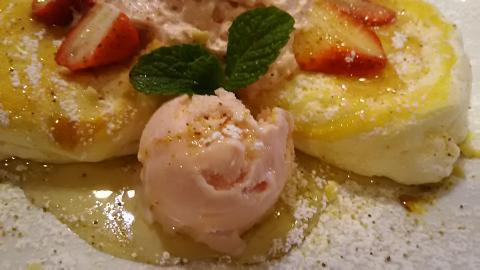 ワイズ桜パンケーキ (2)