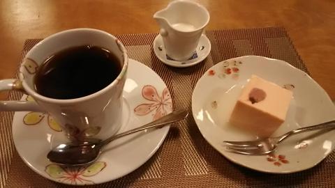 さろん淳平桜チーズケーキ (2)