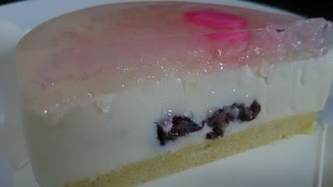 マールブランシュ春のケーキ (3)