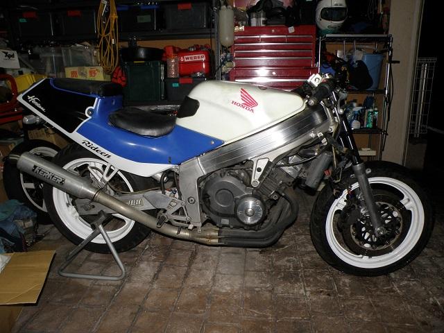 MC190042.jpg