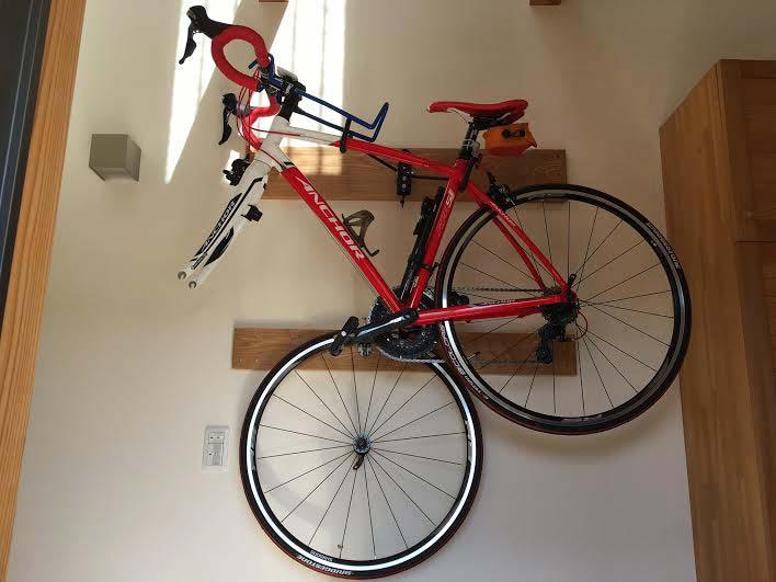 玄関にロードバイクを飾る完成編03